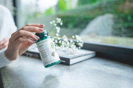 pharmanex-tegreen-120-green-tea-supplement-model-image (3) (1)